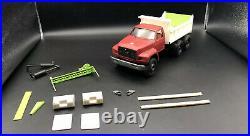 1/24 Resin 1992 Ford F700 Tandem Axle Dump Truck Project