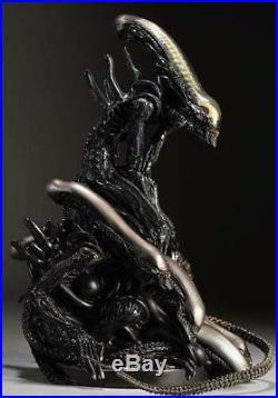 1/6 Alien Pile Model Monster Figure Unpainted Unassembled Good Resin Kit 12