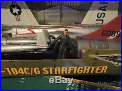 21ST CENTURY 1/18th SCALE USAF F-104C/G STAR FIGHTER & RESIN PILOT FIGURE KIT