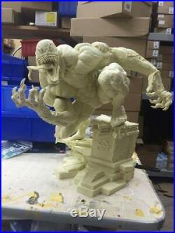 33cm high unpainted and unassembled venom comiquette, resin model kit