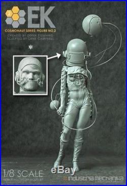 GK Garage Resin Figure 1/8 Entartete Kunst Cosmonaut 2 Unpainted Model Kit