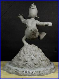 Howard Duck Resin Model Kit w Man Thing Base. (original cast)