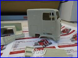 Just in New FLB Freightliner 125 RESIN