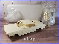 Modelhaus 1961 Olds Super 88 125 Scale Resin Model'61 Oldsmobile Car Kit