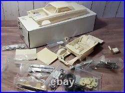 Modelhaus 1965 Plymouth Fury 2 Dr HT 125 Scale Resin Model Car Kit