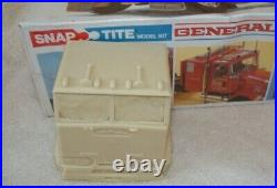 Monogram 132 Snap-Tite GMC General (sealed) with 132 Resin Crackerbox COE cab