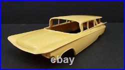 Resin 1959 Buick 4 Door Wagon 1/25 R4