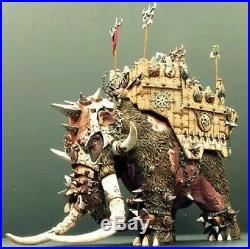 Resin Figure model Kit Chaos War ombat Mammoth Unpainted Unassambled