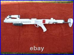 Star Wars Solo Range Troopers E-11R Blaster Resin 11 scale PROP REPLICA