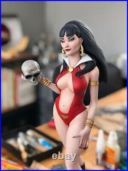 Vampirella Scarlett Queen 1/5 Rare Resin Model Kit